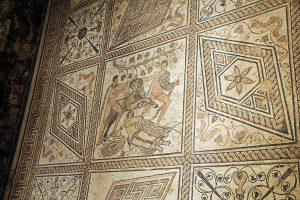 roman mosaic pula