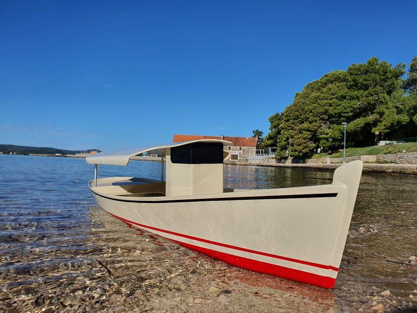 Solar boat croatia