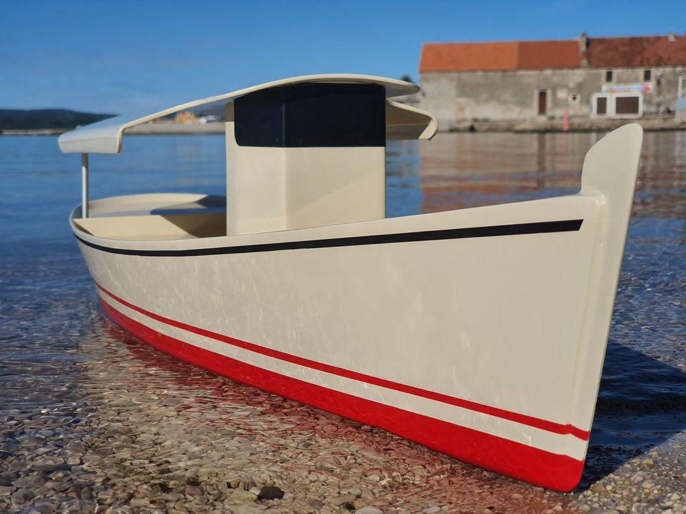 Solar Ferry - bateau durable et super économique pour la croisière au Salon nautique de Biograd | Agena Marin