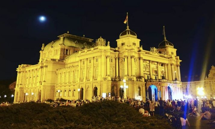 Croatian National Theatre: Police end mass parties in front of Zagreb's cultural icon