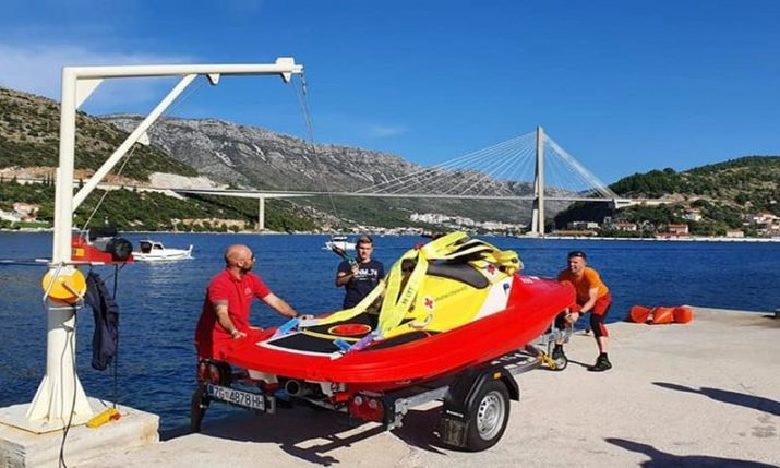 Croatian Red Cross receive Swedish Rescue Runner vessel