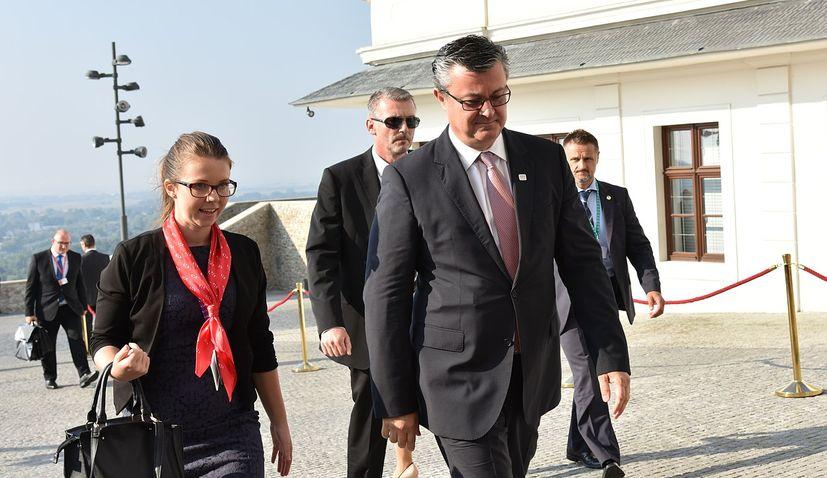 Former Prime Minister Tihomir Orešković to speak at Crodiaspora Online Summit