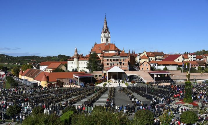 PHOTOS: Croatian army on traditional pilgrimage to Marija Bistrica