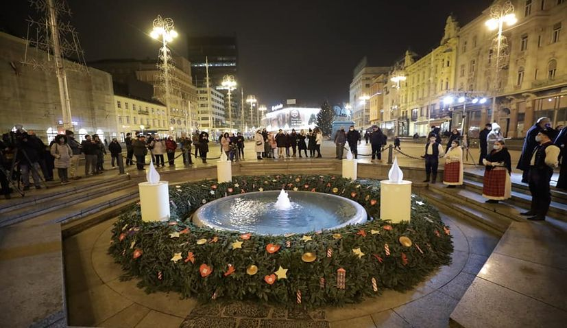 First candle on Advent wreath in Zagreb lit