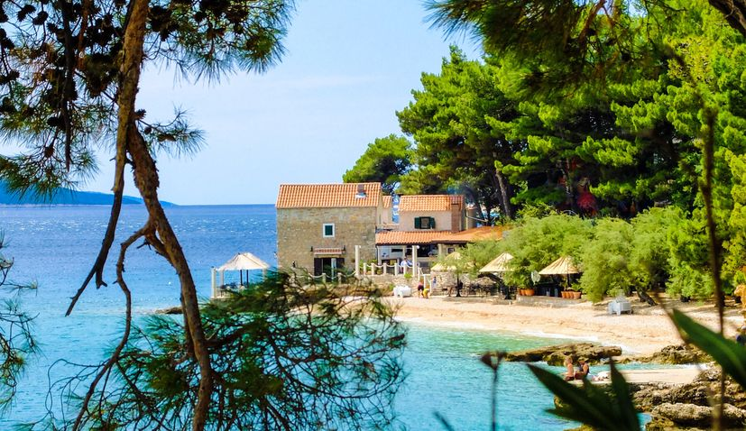 Brač island to be connected to Berlin and Dusseldorf with direct flights