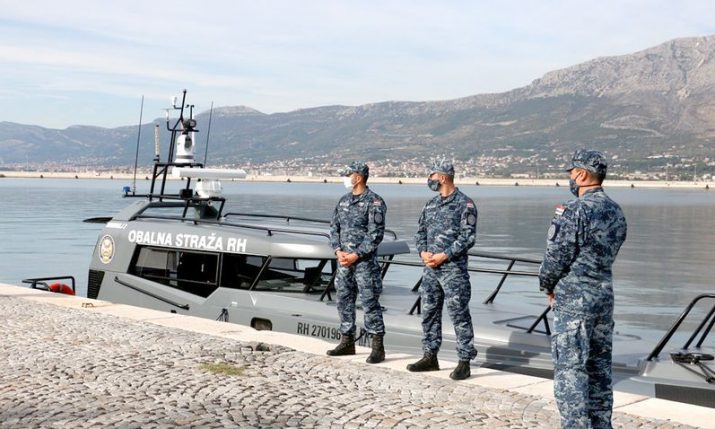Croatian Navy receives two high-speed VHB M-46 boats to monitor fishing