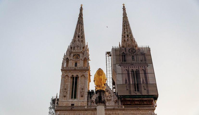 Christmas mass celebrated in Zagreb Cathedral