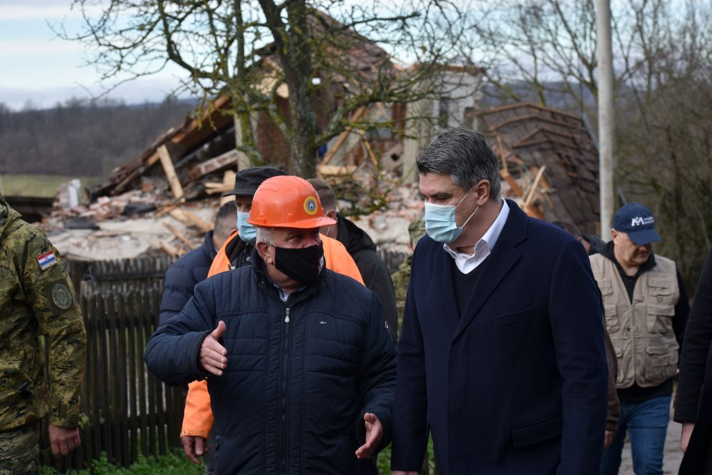 Croatia president visit earthquke site 4
