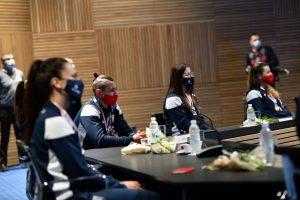Senior state officials receive bronze medallist Croatian women's handball team
