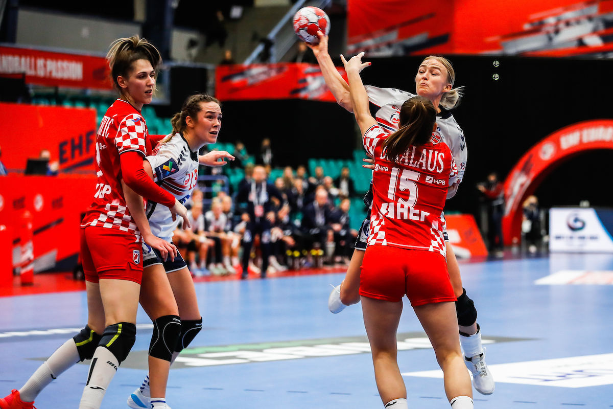 2020 Women's Handball Euro: Semifinal still in sight for Croatia despite first loss to Norway