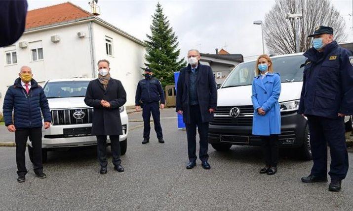 Germany donates vehicles for Croatian border police worth €835,000