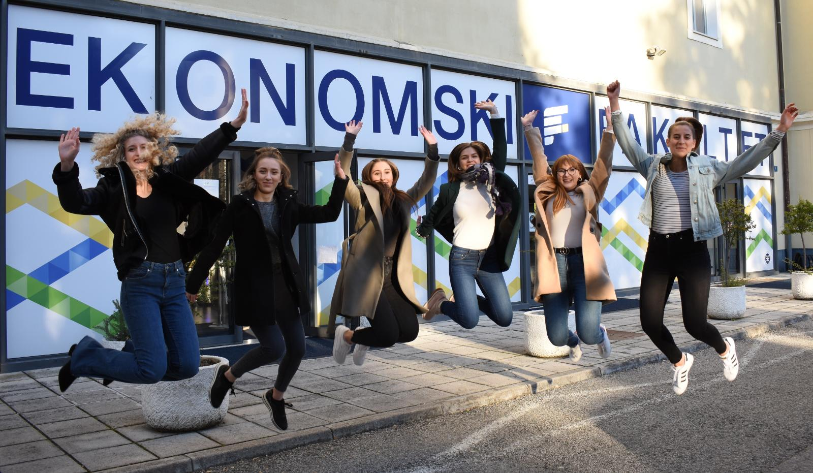 Record 33 Croatian interns given opportunity at global hotel start-up RoomOrders
