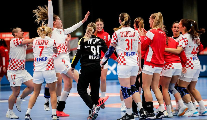 HRT gets rights to broadcast Croatia's historic semifinal at women's handball Euro