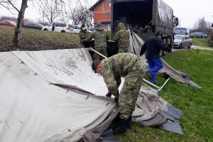 Croatian Army installing container homes in Glina area