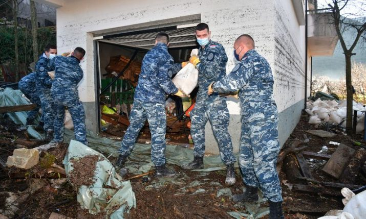 Army helping clean up after disastrous floods in Kokorići, Vrgorac