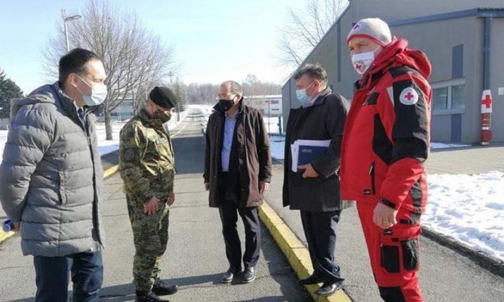 Canadian and Japanese ambassadors visit quake-affected Petrinja