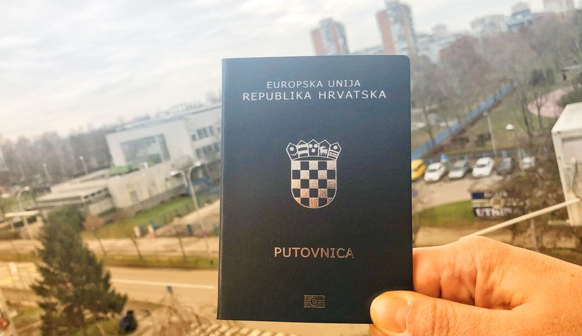Croatia jumps 2 places in passport power global ranking