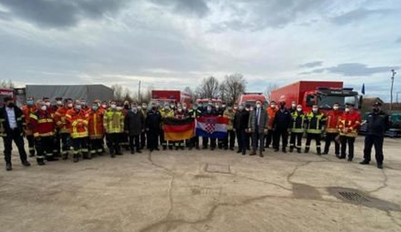 Convoy with 100 tonnes of humanitarian aid arrives in Glina from Germany