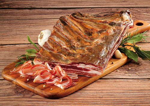 Two Dalmatian preserved meat products - panceta and pečenica - protected at EU level