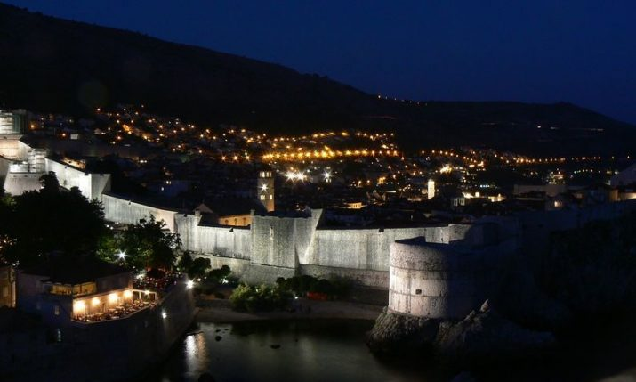 VIDEO: Earthquake near Dubrovnik captured from camera on Stradun