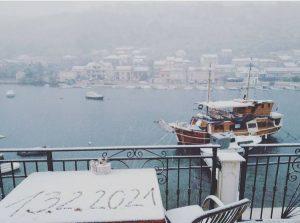 Korcula Croatian islanders wake up to snow