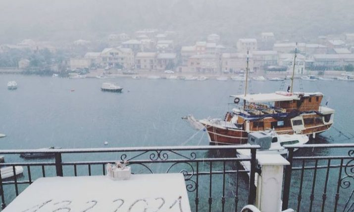 PHOTOS: Croatian islanders wake up to snow