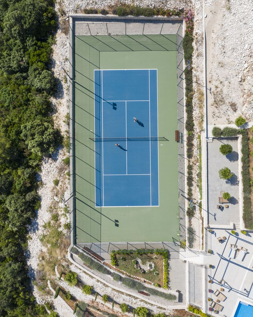 Croatia on top 9 tennis courts you must play on befo