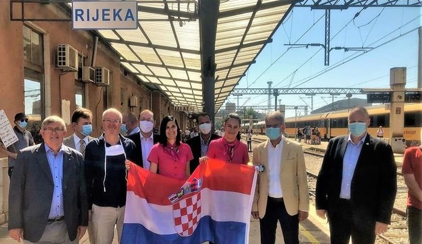 Czech rail and bus operator RegoJet will recommence for the second season its overnight train to Croatia from the Czech Republic
