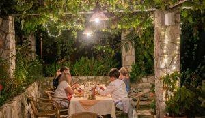 cafes restaurants open croatia