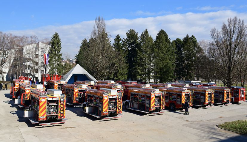 Croatia receives 'most modern' fire engines in Europe