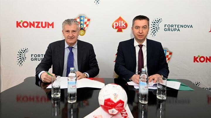 Davor Šuker, president of HNS and Fabris Peruško