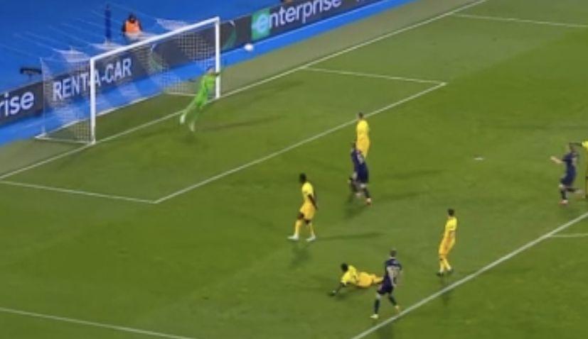 Dinamo beat tottenham