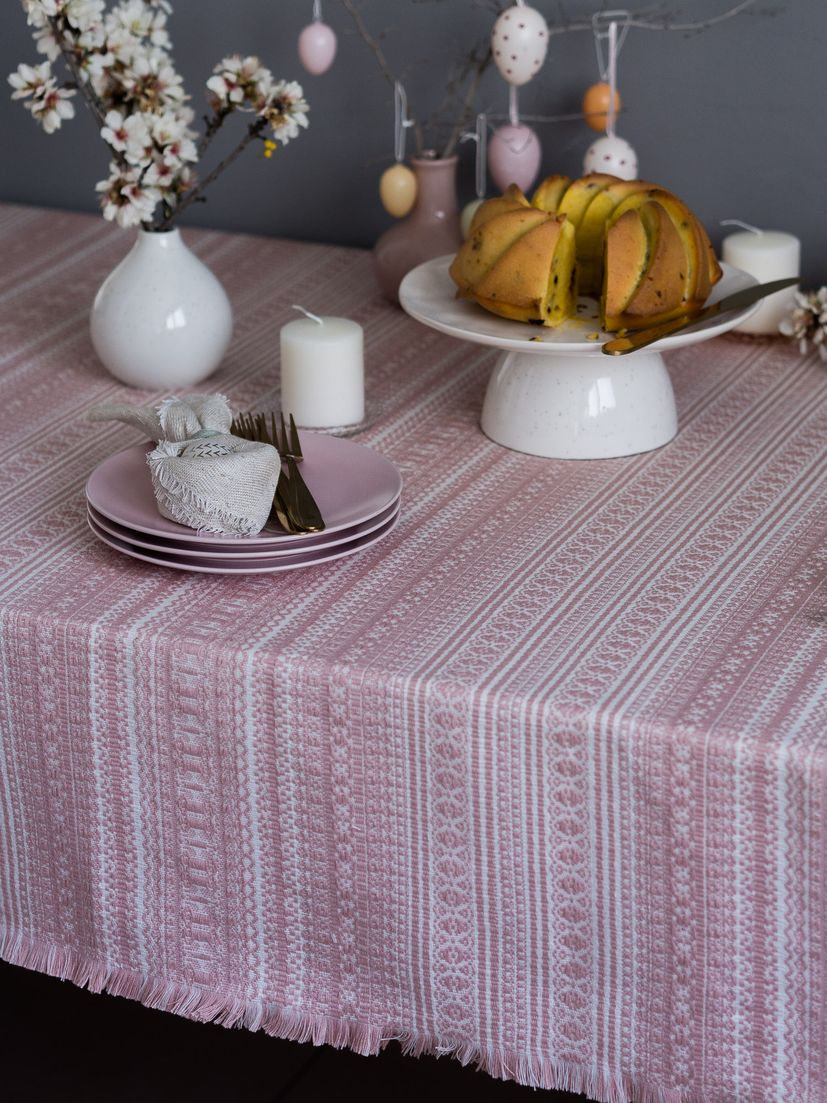 Meet Ivana - safeguarding traditional Croatian fabrics_2