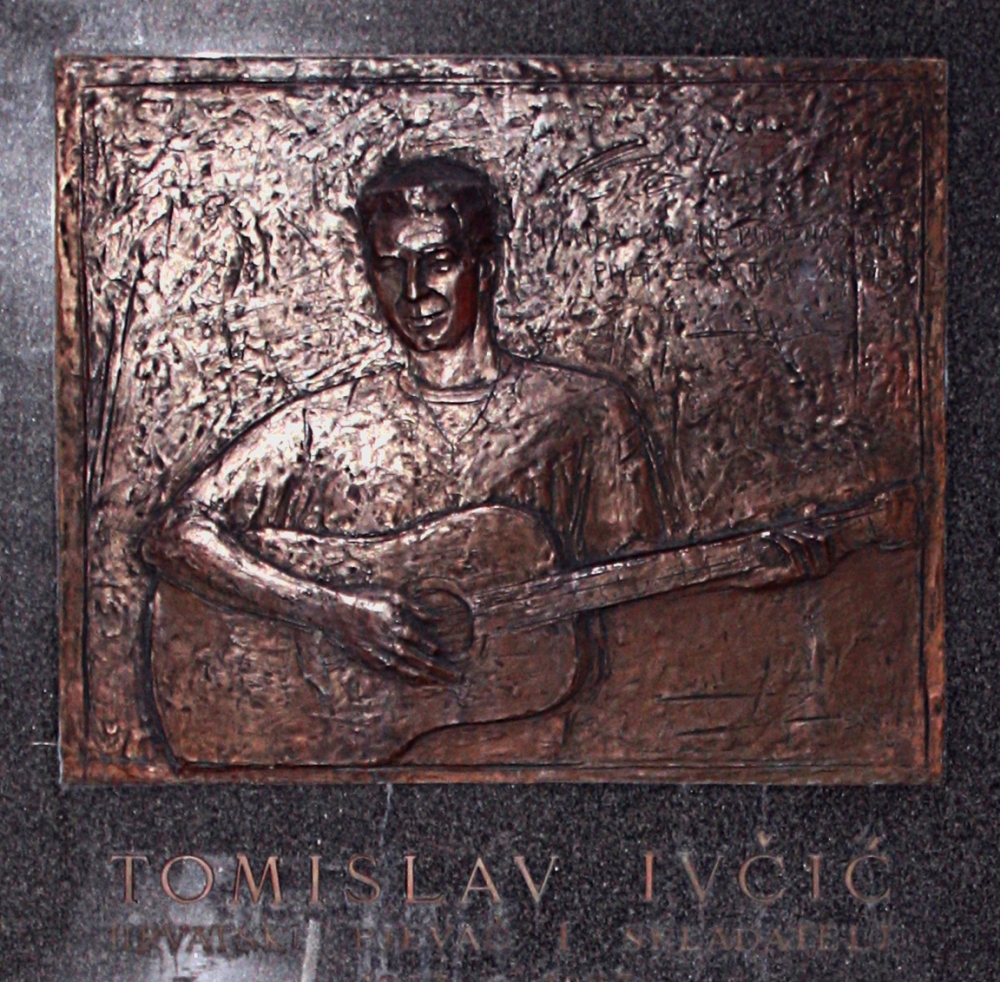 Remembering a Croatian music legend: Tomislav Ivčić tragically dies on this day 28 years ago