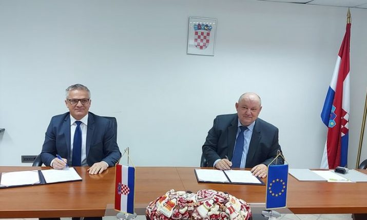 State Office for Croats Abroad and Croatian Employers' Association sign cooperation agreement