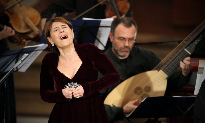 Croatian opera singers to help with breathing in post-COVID rehab