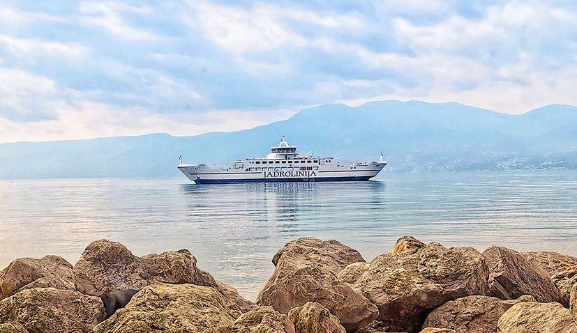 New ferry 'Lošinj' joins Jadrolinija fleet