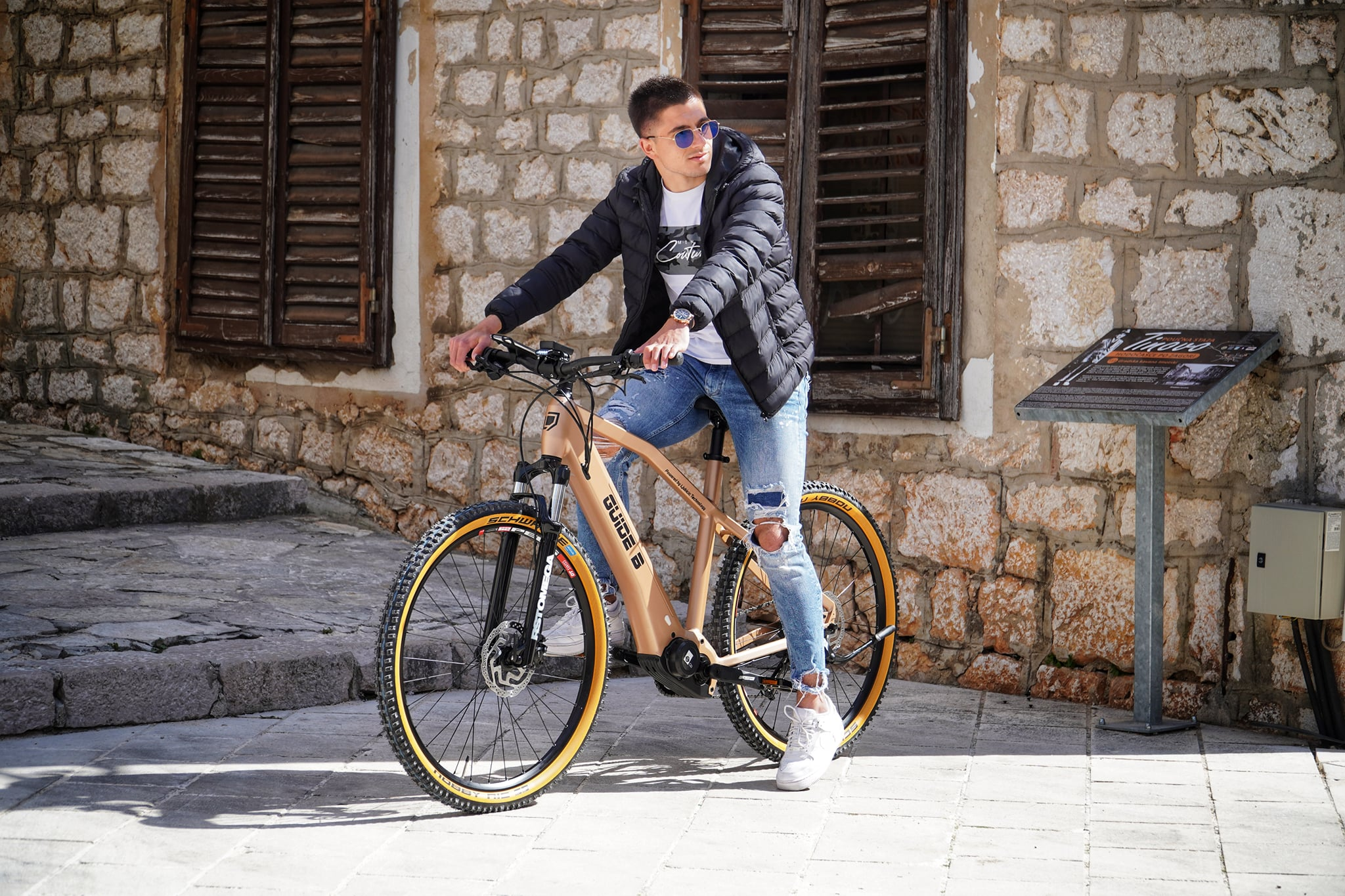 Young Croatian innovator presents new electric bicycle which serves as a tourist guide