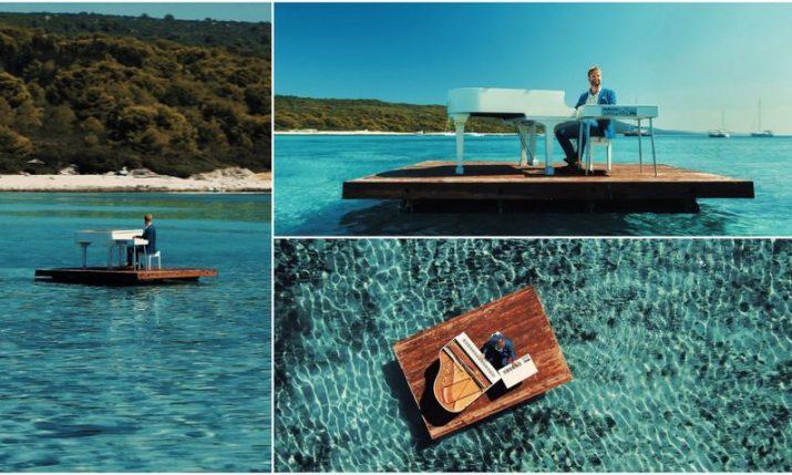 VIDEO: Croatian pianist plays floating in stunning Sakarun bay