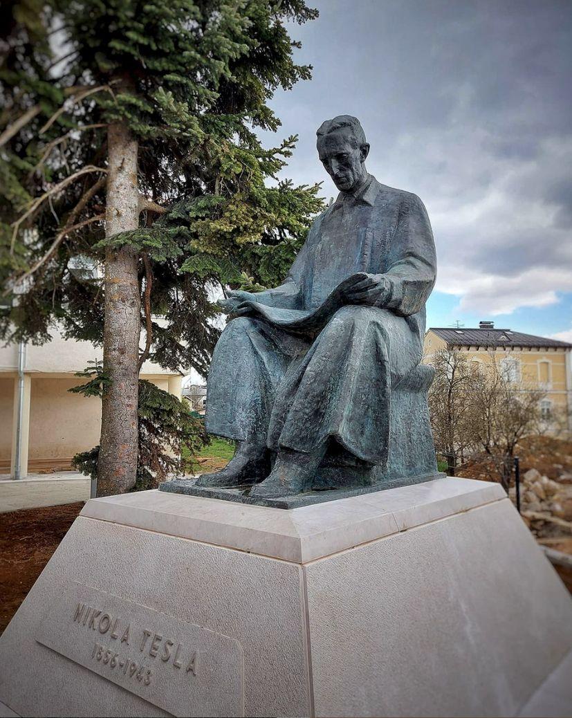 NIKOLA TESLA MONUMENT GOSPIC 30 YEARS