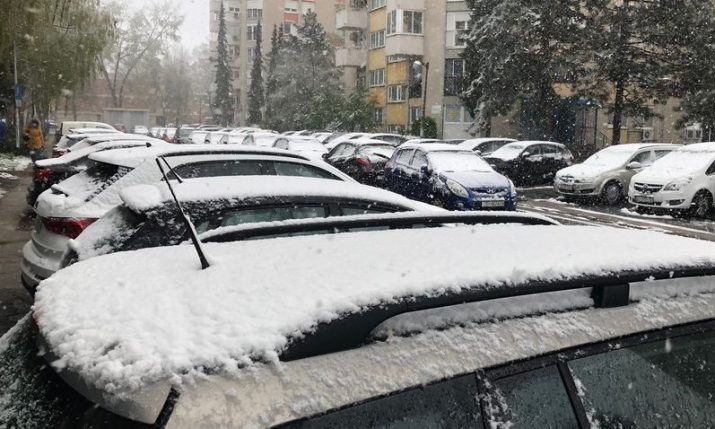 VIDEO: Zagreb wakes up to snow in spring