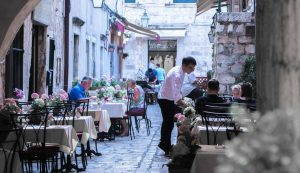 vaccination of 70,000 Croatian tourism workers