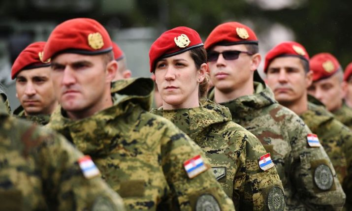 "PHOTOS: Croatian Army ""Spiders"" awarded berets"