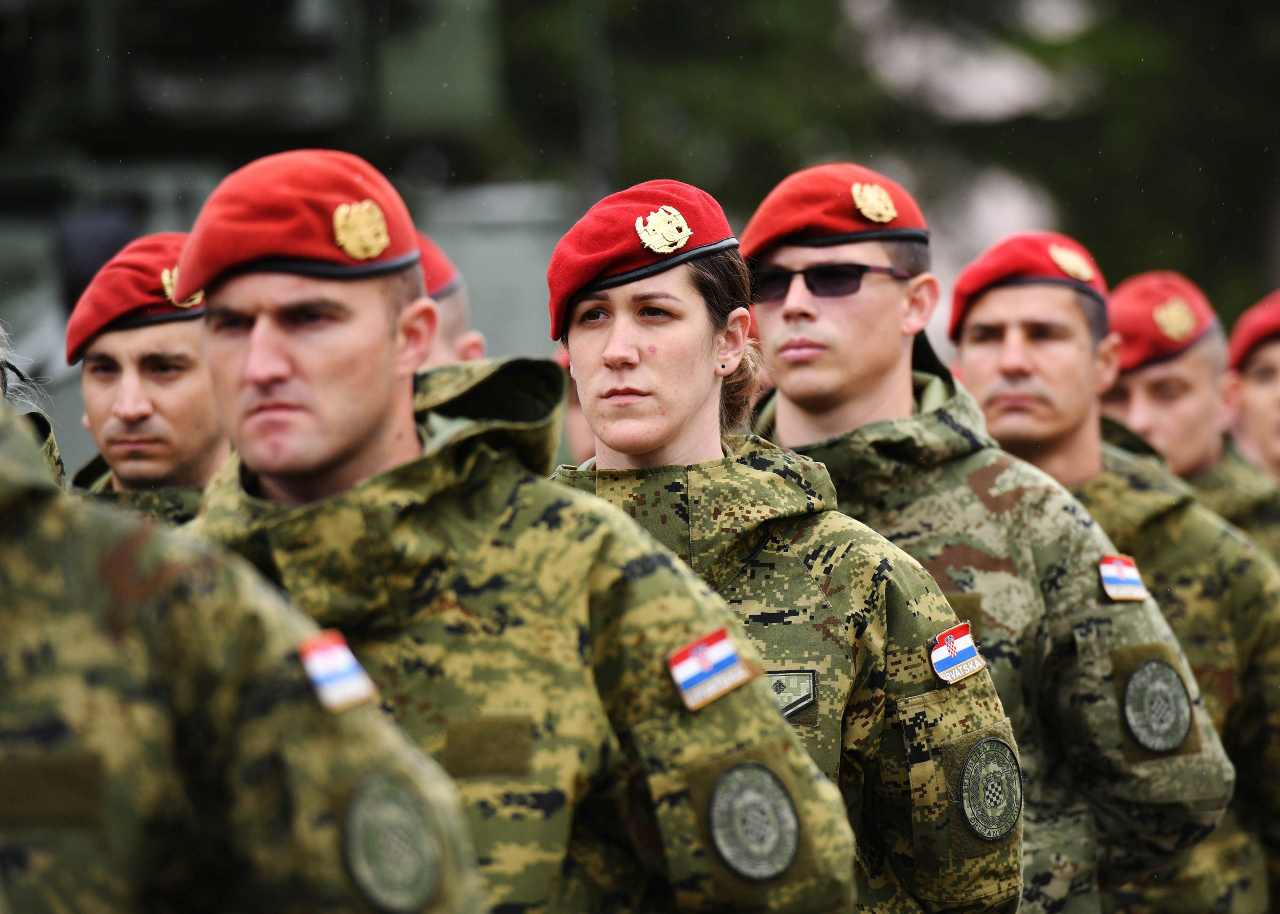 """Berets awarded to Croatian Army """"Spiders"""""""