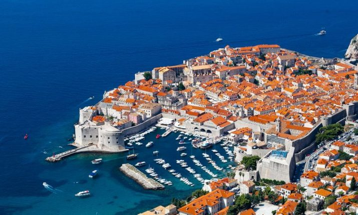 Dubrovnik adopts plan of action to reduce plastic pollution