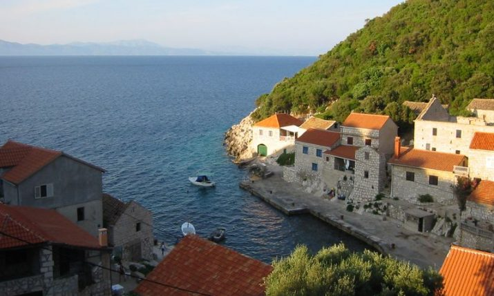 Lastovo's island-trapped waves subject of research project