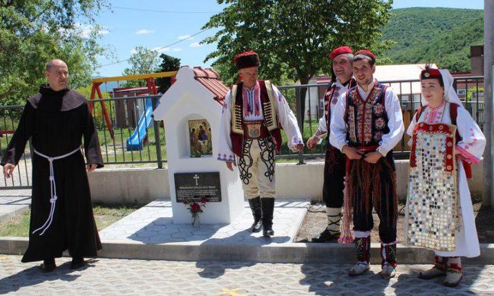 Greek Catholics come back to Vrlika in Croatia and celebrate