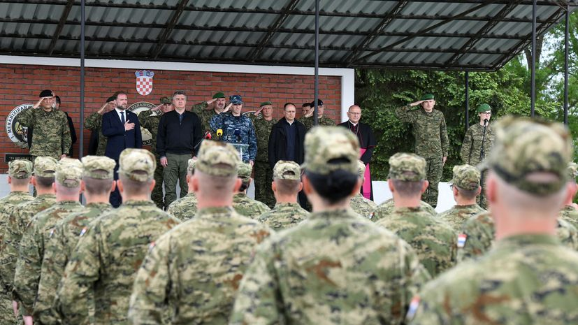 """e 30th anniversary of the formation of the 2nd Guards Brigade """"Gromovi"""""""