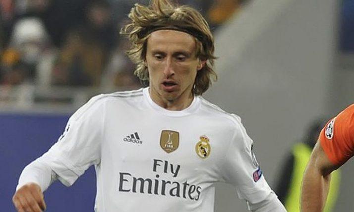 Luka Modrić crowned Real Madrid's Player of the Season