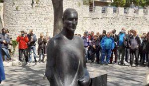 Mate Parlov gets statue in Pula